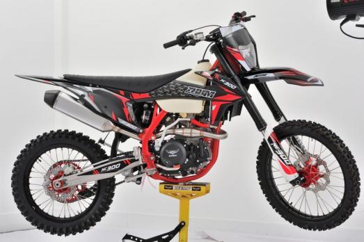 Мотоцикл ZUUM 300NC ZS 177fmm - 300cc - 30 л.с.